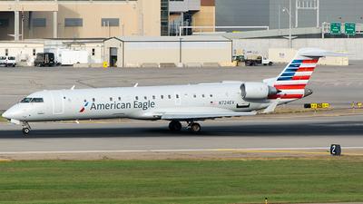 N724EV - Bombardier CRJ-701ER - American Eagle (SkyWest Airlines)