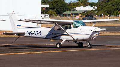 A picture of VHLFV - Cessna 172N Skyhawk - [17272795] - © Will PH