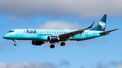 A picture of PRAYY - Embraer E195AR - Azul Linhas Aereas - © CACSPOTTER