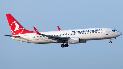 A picture of TCJHP - Boeing 7378F2 - Turkish Airlines - © Jonathan Mifsud