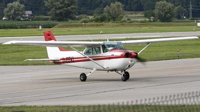 A picture of DEEKL - Cessna 172 Skyhawk - [17274303] - © Anto Blazevic
