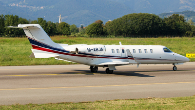 A picture of MABJA - Learjet 45 - Ryanair - © Pilot_trive_