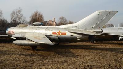 14025 - Shenyang J-6 - China - Air Force