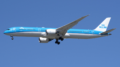 A picture of PHBKF - Boeing 78710 Dreamliner - KLM - © Jose R. Ortiz