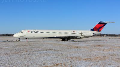 N782NC - McDonnell Douglas DC-9-51 - Delta Air Lines