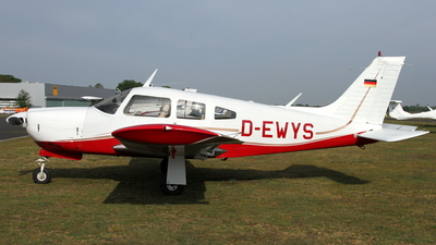 D-EWYS - Piper PA-28R-200 Cherokee Arrow II - Private