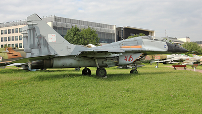 4115 - Mikoyan-Gurevich MiG-29UB Fulcrum - Poland - Air Force