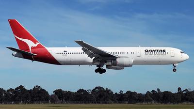 VH-ZXF - Boeing 767-336(ER) - Qantas