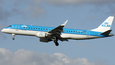 PH-EZZ - Embraer 190-100STD - KLM Cityhopper