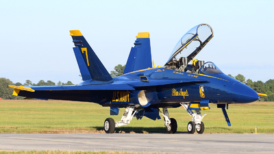 163464 - McDonnell Douglas F/A-18D Hornet - United States - US Navy (USN)