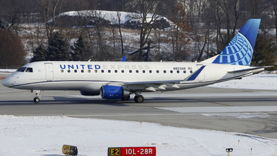 A picture of N85369 - Embraer E175LL - United Airlines - © Nick Neiger