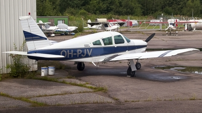 OH-PJV - Piper PA-28R-200 Cherokee Arrow - Private