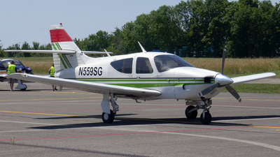 N559SG - Rockwell Commander 112A - Private