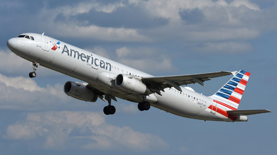A picture of N927UW - Airbus A321231 - American Airlines - © DJ Reed - OPShots Photo Team