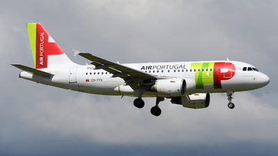 A picture of CSTTS - Airbus A319112 - TAP Air Portugal - © Paul Denton