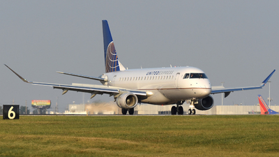 A picture of N604UX - Embraer E175LL - United Airlines - © DJ Reed - OPShots Photo Team