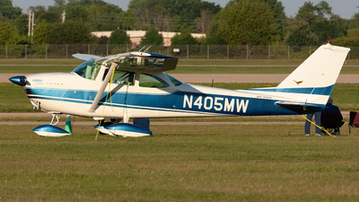 N405MW - Cessna 172D Skyhawk - Private