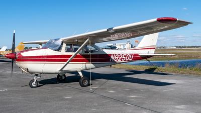 N8250U - Cessna 172F Skyhawk - Private