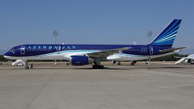 A picture of 4KAZ11 - Boeing 75722L - Azerbaijan Airlines - © Michael Stappen