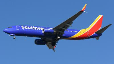 N8689C - Boeing 737-8H4 - Southwest Airlines