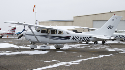 A picture of N2391E - Cessna T206H Turbo Stationair - [T20608115] - © David Lee