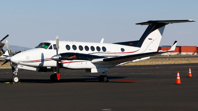 N89WC - Beechcraft B300 King Air 350 - Private