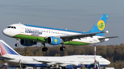 UK32015 - Airbus A320-214 - Uzbekistan Express