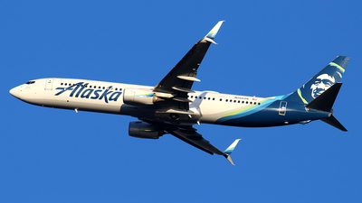 A picture of N266AK - Boeing 737990(ER) - Alaska Airlines - © Huy Do