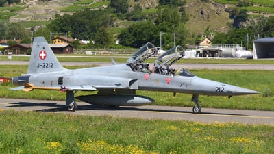 J-3212 - Northrop F-5F Tiger II - Switzerland - Air Force