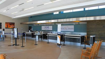 KCRQ - Airport - Terminal