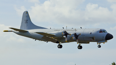 FAB7208 - Lockheed P-3AM Orion - Brazil - Air Force