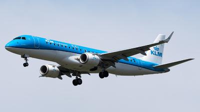 A picture of PHEZN - Embraer E190STD - KLM - © Wilko Doodhagen