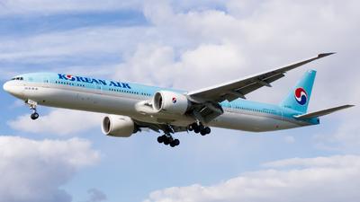 HL7204 - Boeing 777-3B5ER - Korean Air