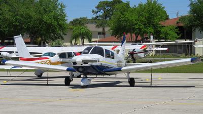 A picture of N9907W - Piper PA28140 - [2823427] - © Orlando Suarez