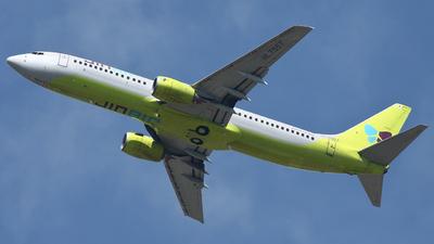 HL7557 - Boeing 737-86N - Jin Air