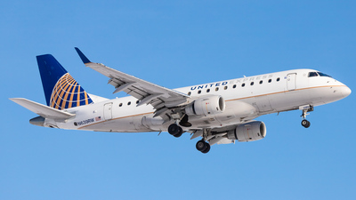 A picture of N639RW - Embraer E170SE - United Airlines - © Hamza Hasnat