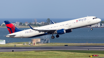 A picture of N336DX - Airbus A321211 - Delta Air Lines - © HA-KLS