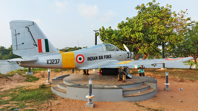 X3237 - Hindustan Aeronautics HPT-32 Deepak - India - Air Force