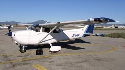 A picture of ECJQK - Cessna 172R Skyhawk - [17281269] - © Alberto O.
