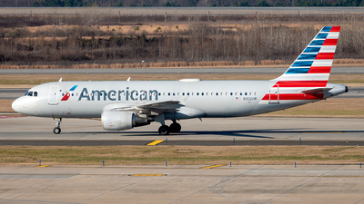 A picture of N102UW - Airbus A320214 - American Airlines - © Yan777