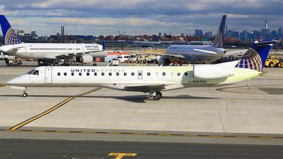 A picture of N16963 - Embraer ERJ145LR - [145116] - © Qiao Zheng