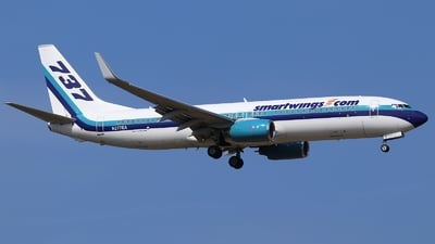 N277EA - Boeing 737-8CX - SmartWings (Swift Air)