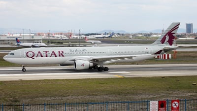 A7-AEI - Airbus A330-302 - Qatar Airways