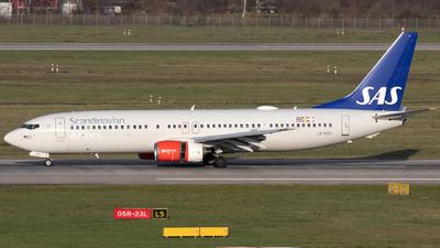 LN-RRK - Boeing 737-883 - Scandinavian Airlines (SAS)