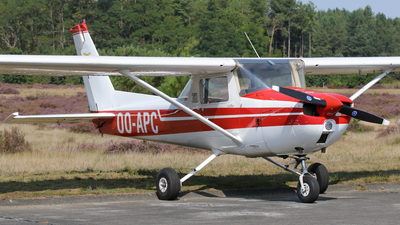 OO-APC - Cessna 150M - Private
