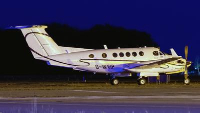 A picture of GWVIP - Beech 200 Super King Air - [BB625] - © Dutch