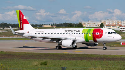 A picture of CSTNS - Airbus A320214 - TAP Air Portugal - © Rui Marques