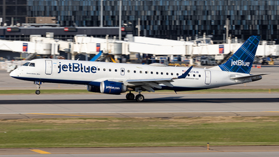 A picture of N274JB - Embraer E190AR - JetBlue Airways - © xuxinyi1000