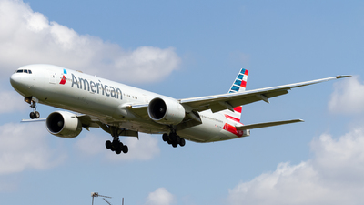 A picture of N727AN - Boeing 777323(ER) - American Airlines - © Ethan Hew - p_nilly