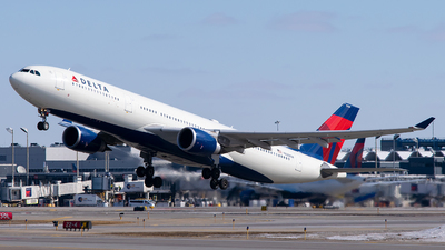A picture of N828NW - Airbus A330302 - Delta Air Lines - © Steve Rinde